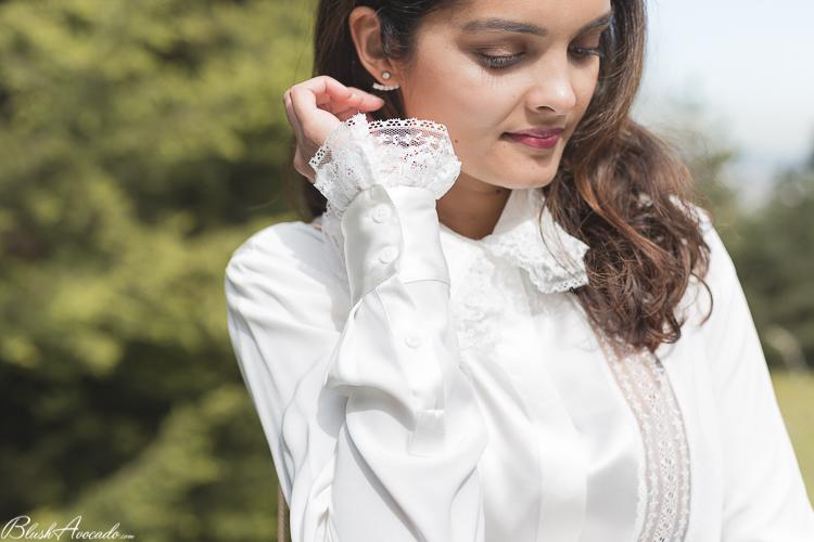 La chemise blanche en soie et dentelle pour un mariage ?