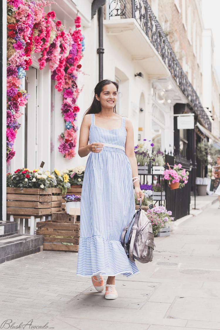 Look londonien : robe longues à rayures et Peggy Porschen